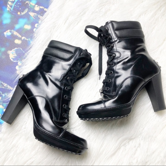 TOD'S black lace up ankle heel boot